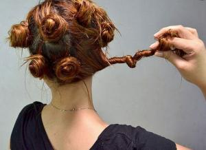 How to make a very beautiful hair without curling irons and hair curlers